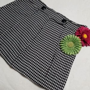 Houndstooth Mini Skirt, Size 15